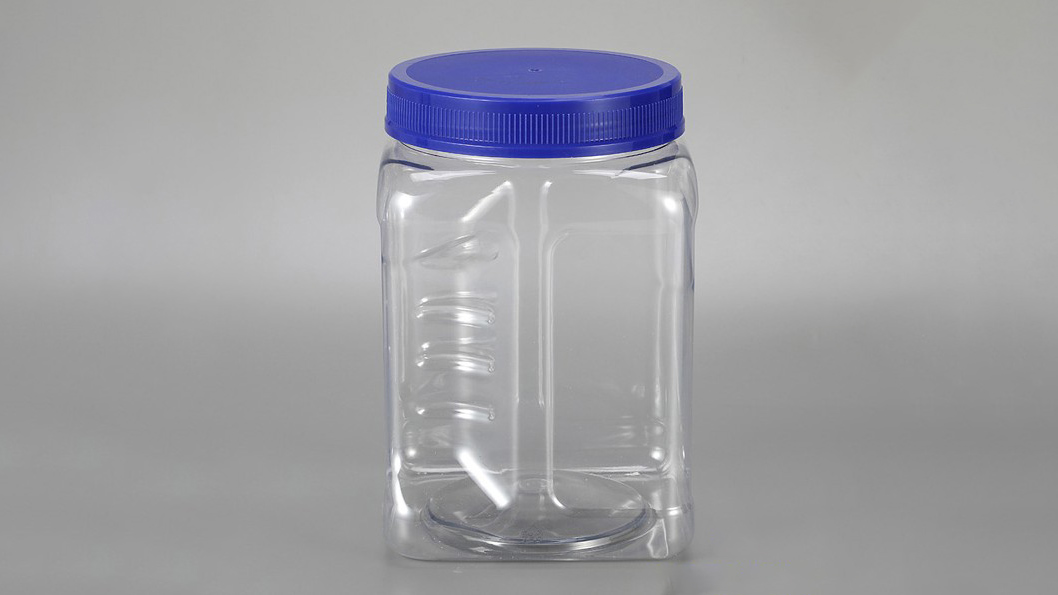 Clear pet bottle 2.2 lb (1 kg) for packing almonds
